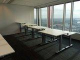 Kleiner Sitz-Steh-Schreibtisch SteelForce 100 - Handkurbel und Rollen| sitzen und stehen | Bewegung am Arbeitsplatz| Ergonomie