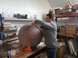 Vluvball aufblasen sitzball aktives Sitzen | Worktrainer.de