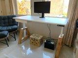 Oak Desk einzel mit weiss Arbeitsplatte Elektrisch höhenverstellbarer Schreibtisch   Stehen Sie gesund
